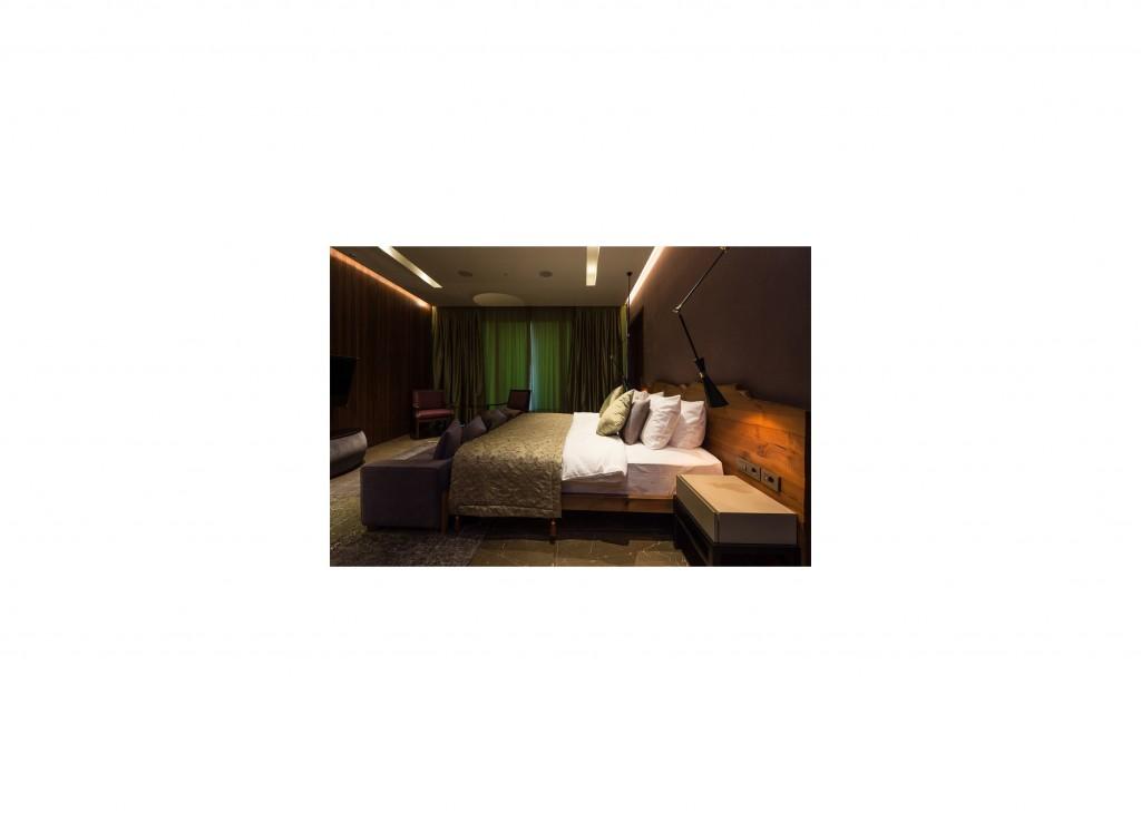 Ankara Siteler masif karyola başı , Masif Ağaç Yatak odası takımı olmak üzere son derece kaliteli olarak yapılmaktadır , Otel tasarımları olarak , otel mobilyaları olarak sizler için oldukça kaliteli ve sağlam olarak üretilen masif mobilyaları sizler için üretmekteyiz , bununla beraber kalitenin ve sağlamlığın adresi olan oldukça kaliteli ve sağlam olan masif ürünler oldukça kaliteli ve sağlam olarak kullanılır , Ankara Siteler de masif ceviz mobilya olarak son derece kaliteli ve sağlam olan mobilyalar bulunmaktadır , Ankara Siteler mobilya olarak masif mobilya olarak oldukça sağlam olan mobilyalar üretmektedir.Ceviz , meşe , çam , ladin , köknar , kayın , akça ağaç , kavak , mazel olarak üretilmektedir.