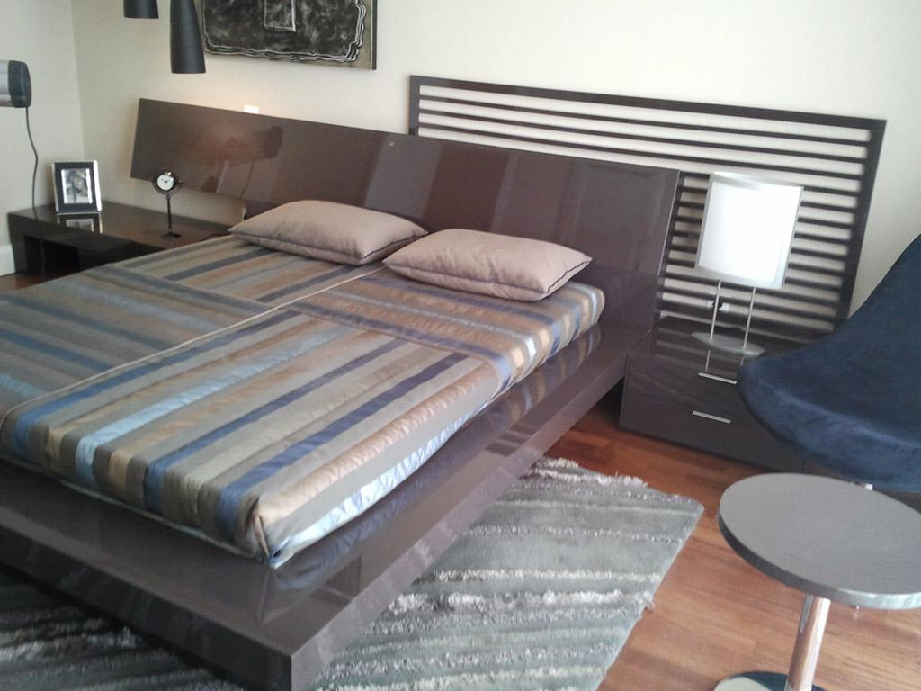Yatak odası olarak kullanmadığımız fazlalık ürünleri koyabileceğimiz baza olarak kullandığımız yatak alt ünite sizler için,yatak odası için kullanışlı dolap iç alanı sizler için.
