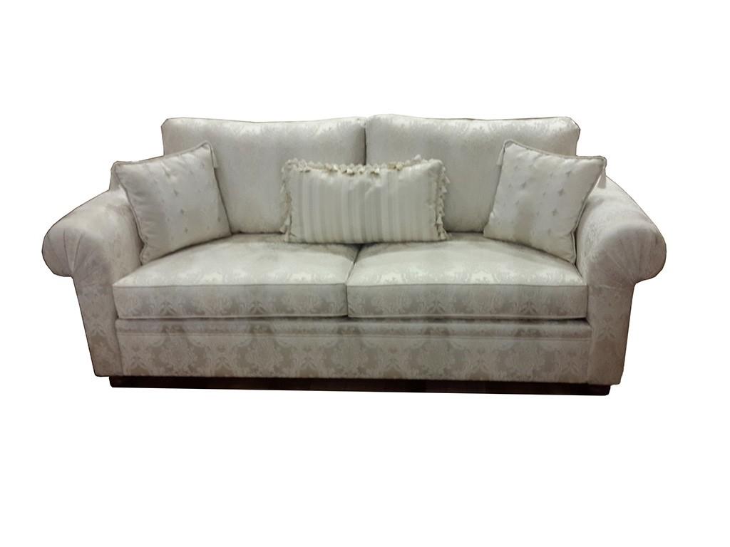 Bostan mobilya beymen koltuk takımı iki buçuklu,üçlü,dörtlü,beşli olarak yapılabilir,istenilen ölçü ve kumaş yapılabilir,istenirse köşe olarak da yapılabilir,klasik mobilya sevenler için ideal bir model.
