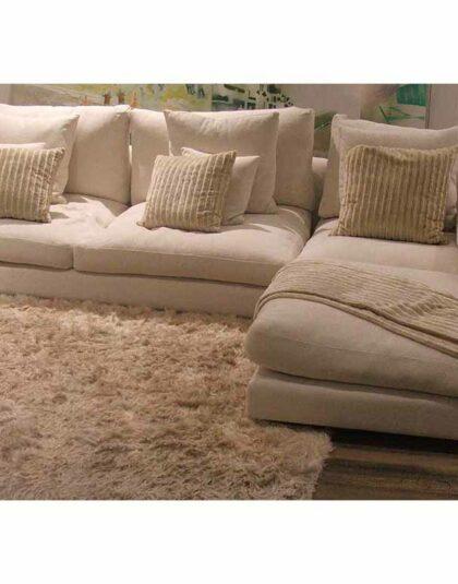 Bostan mobilya ideal köşe koltuk takımı,son derece kullanışlı ve italyan dizaynı olarak yere yakın ve son derece konforlu köşe koltuk,isteğe göre veya evinizin ölçüsüne göre ölçü değişebiliyor,istenilen kumaş yapılabiliyor