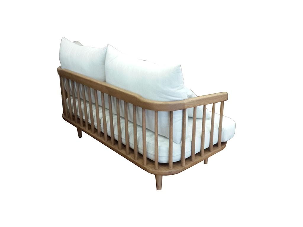 Masif meşe den imal edilen İskandinav koltuk modern bir görünüme sahip bununla beraber isterseniz modern salonlarda chester koltuk ve kanepe ile takım yapılabilir istenirse modern kanepe ile takım yapılabilir bununla beraber isterseniz küçük ölçü yapılıp giriş hol ler de kullanılabilir , geniş açık balkon veya kapalı balkon larda veya teraslarda takım olarak kullanılabilir.Ankara Siteler de ki atölyelerimiz de ürettiğimiz koltuğu meşe ağacından ürettik bununla beraber masif ceviz ve ya kayın ağacından ve ya daha antik bir görüntü elde etmek için çam ağacından üretilebilir,kendi imalatımız dır istenilen ölçü üretilebilir.Masif koltuk sevenler için güzel bir üründür.aklınız da masif koltuk olarak düşündüğünüz bir model var ise biz yapmaya hazırız.Masif koltuk takımı nın sehba sı mermer olarak düşünülmüştür bununla beraber isterseniz siyah cam da yapılabilir.