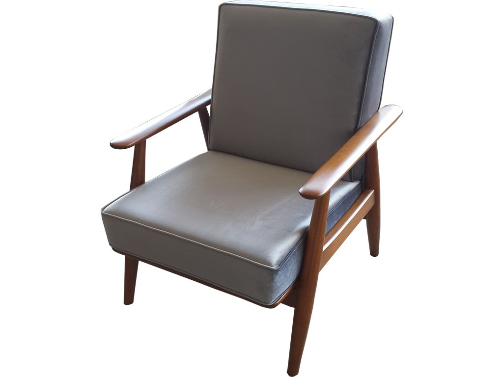 İskandinav İtalyan TEKLİ KOLTUK SON DERECE kaliteli ve sağlam bir model Ankara Siteler de ürettiğimiz bir model , istenilen cila yapılabilir son derece kaliteli ve sağlam bir model Ankara da üretilen İskandinav modern tekli koltuk son derece kaliteli ve sağlam bir mobilya , gönül rahatlığıyla kullanabilirsiniz . Modern kanepeler ile ve chester koltuk takımları ile kullanılabilir.