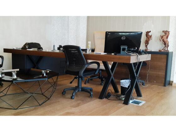 modern ceviz ofis masası